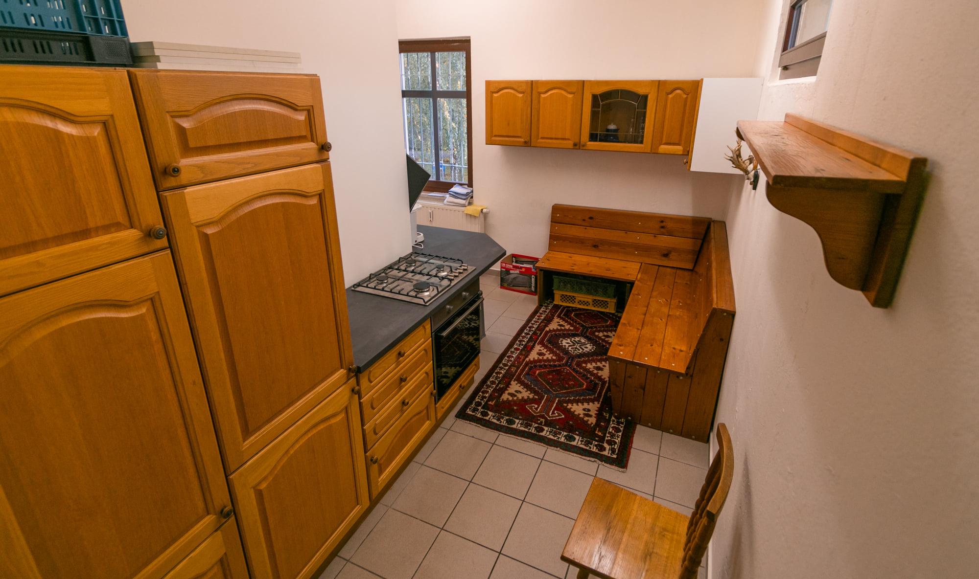 Ab jetzt wird es lecker: Unsere neue Gebrauchtküche ist da!
