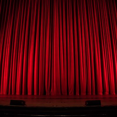 Premiere Theaterstück - Amalie Dietrich - Besser ein schweres Leben als ein leeres Leben